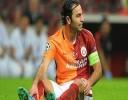 Teknik ekibi ile zor zamanlar geçiren Galatasaray, iki gündür oyuncularıyla d...